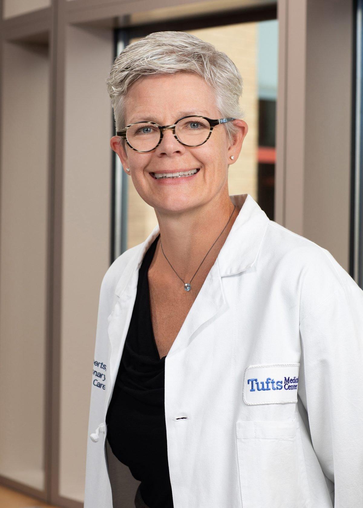 Kari Evan Roberts, MD